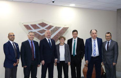 בכירים וחברי פרלמנט מסרביה מבקרים בירושלים