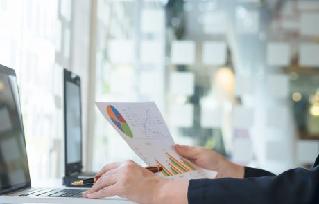 רוצים ללמוד להשקיע בשוק ההון? אפשר לעשות זה אונליין!