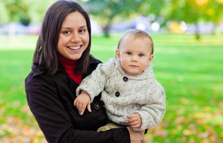 """יום האישה הבינלאומי: מל""""ג אישרה, סטודנטיות לאחר לידה יוכלו להעדר עד 40% משיעורים"""