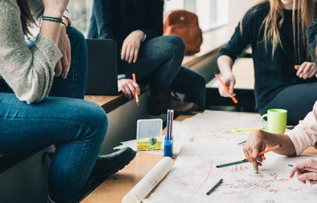 חמישה סטודנטים מSCEהציגו מחקר בכנס הנדסה יוקרתי בפריז